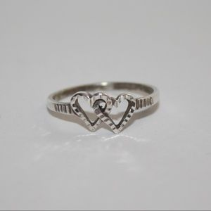Size 8 sterling silver double heart ring